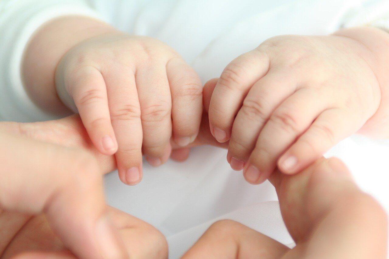 La langue des signes avec bébé : vers une communication encore plus épanouie
